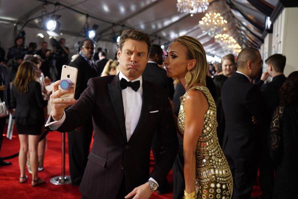 GRAMMYs 2016: Ryan Seacrest and Giuliana Rancic