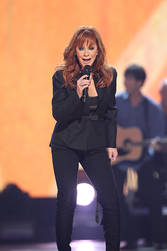<b>Reba – Most Awarded ACM Female Vocalist of the Year</b>