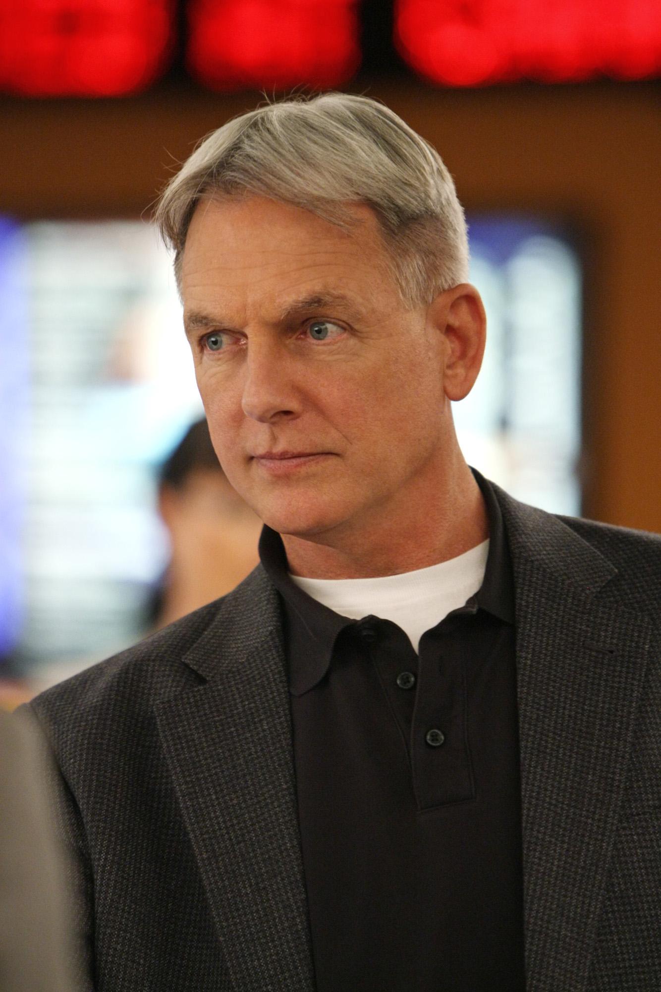 Gibbs' Look