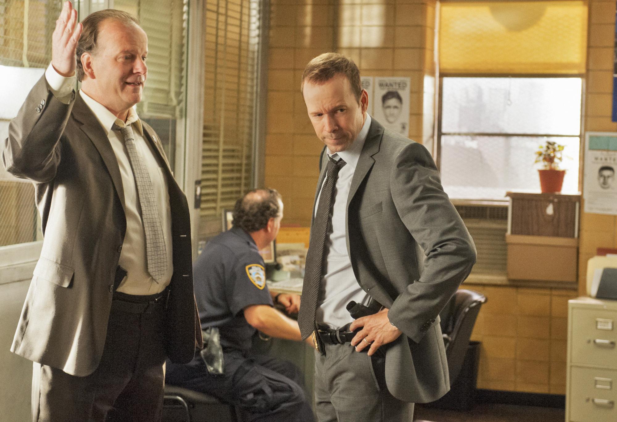 Sergeant Gormley and Danny Discuss a Murder Case