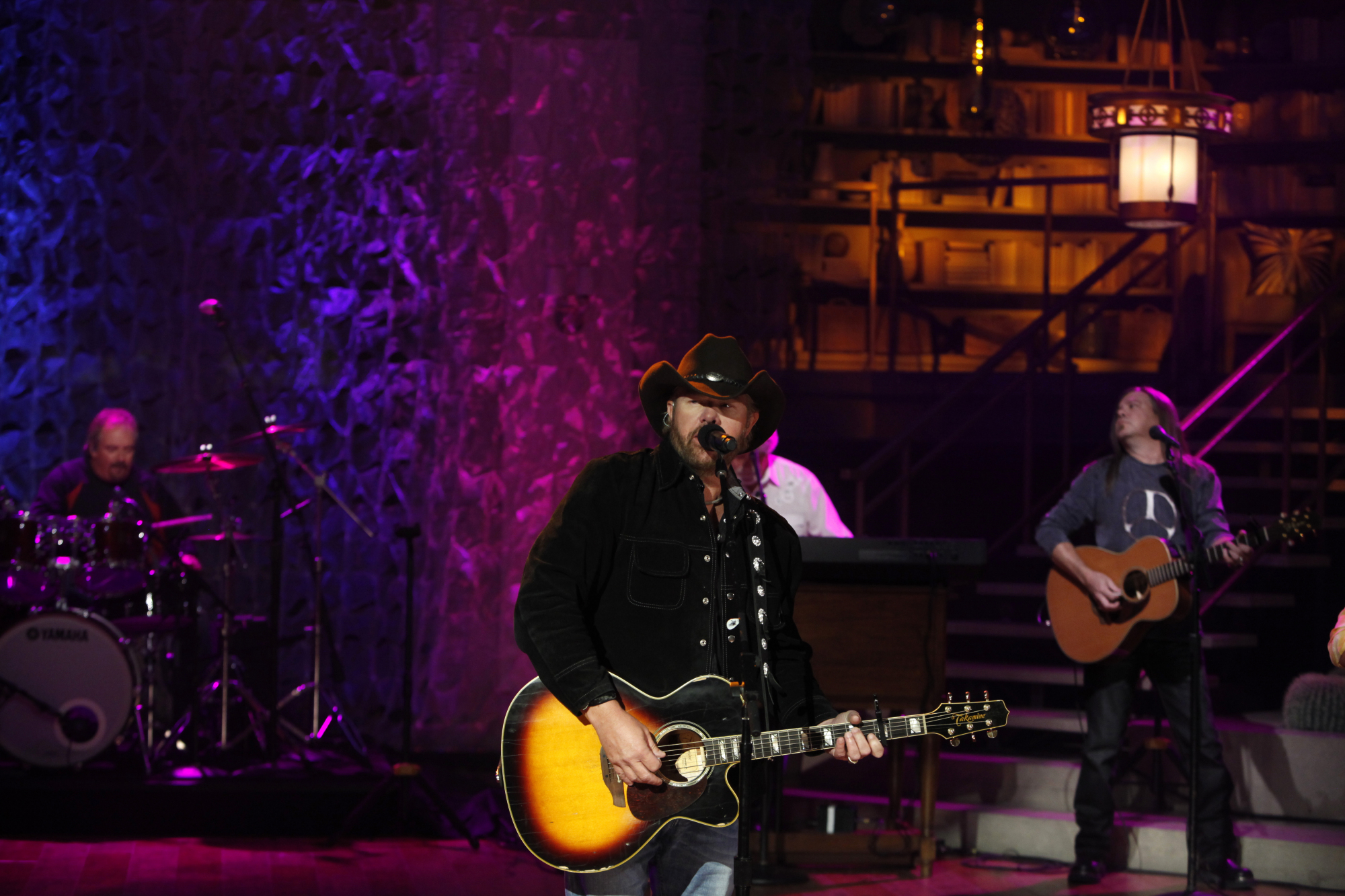 Toby Keith Performs 3