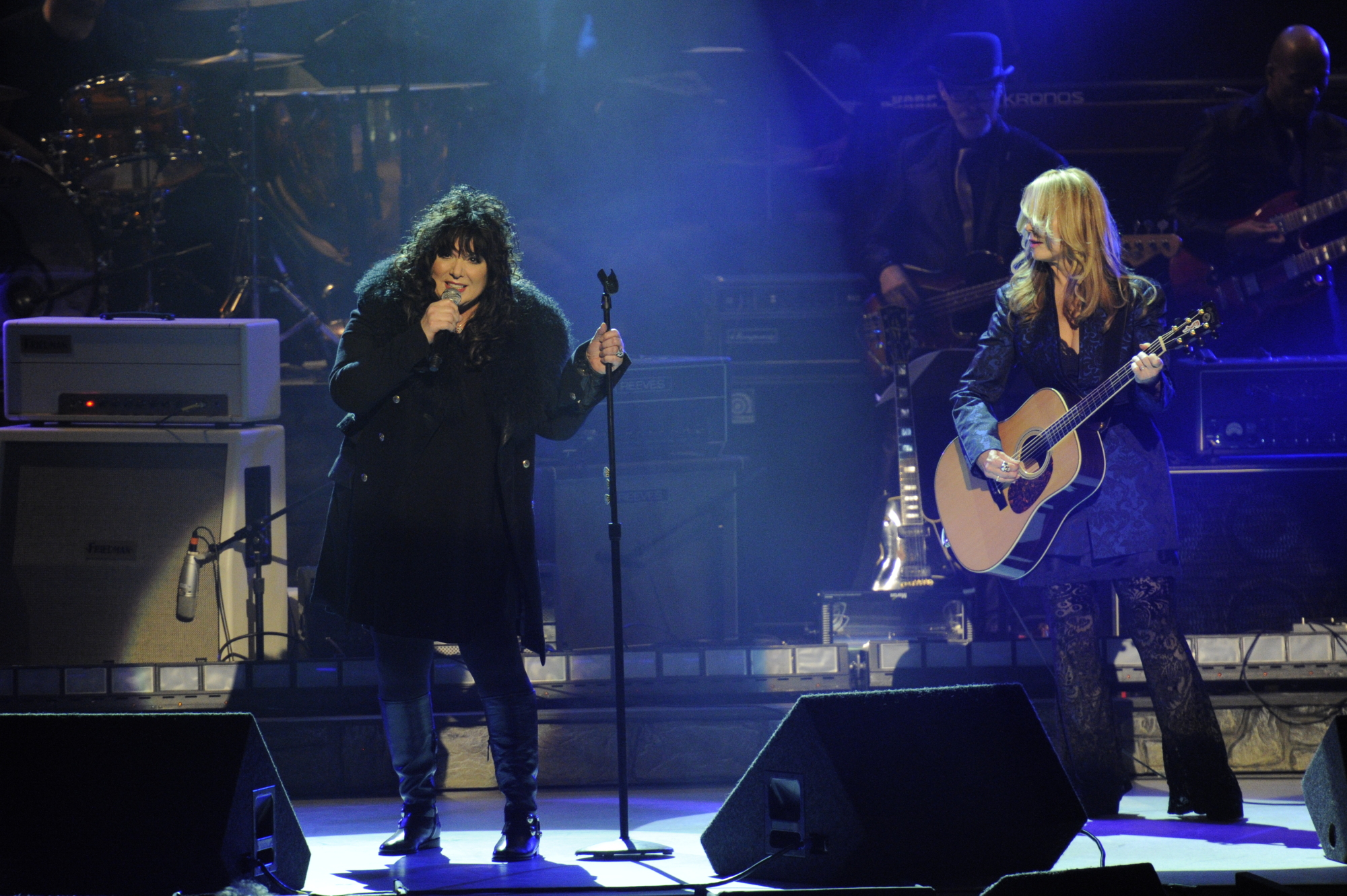 Ann Wilson and Nancy Wilson of Heart