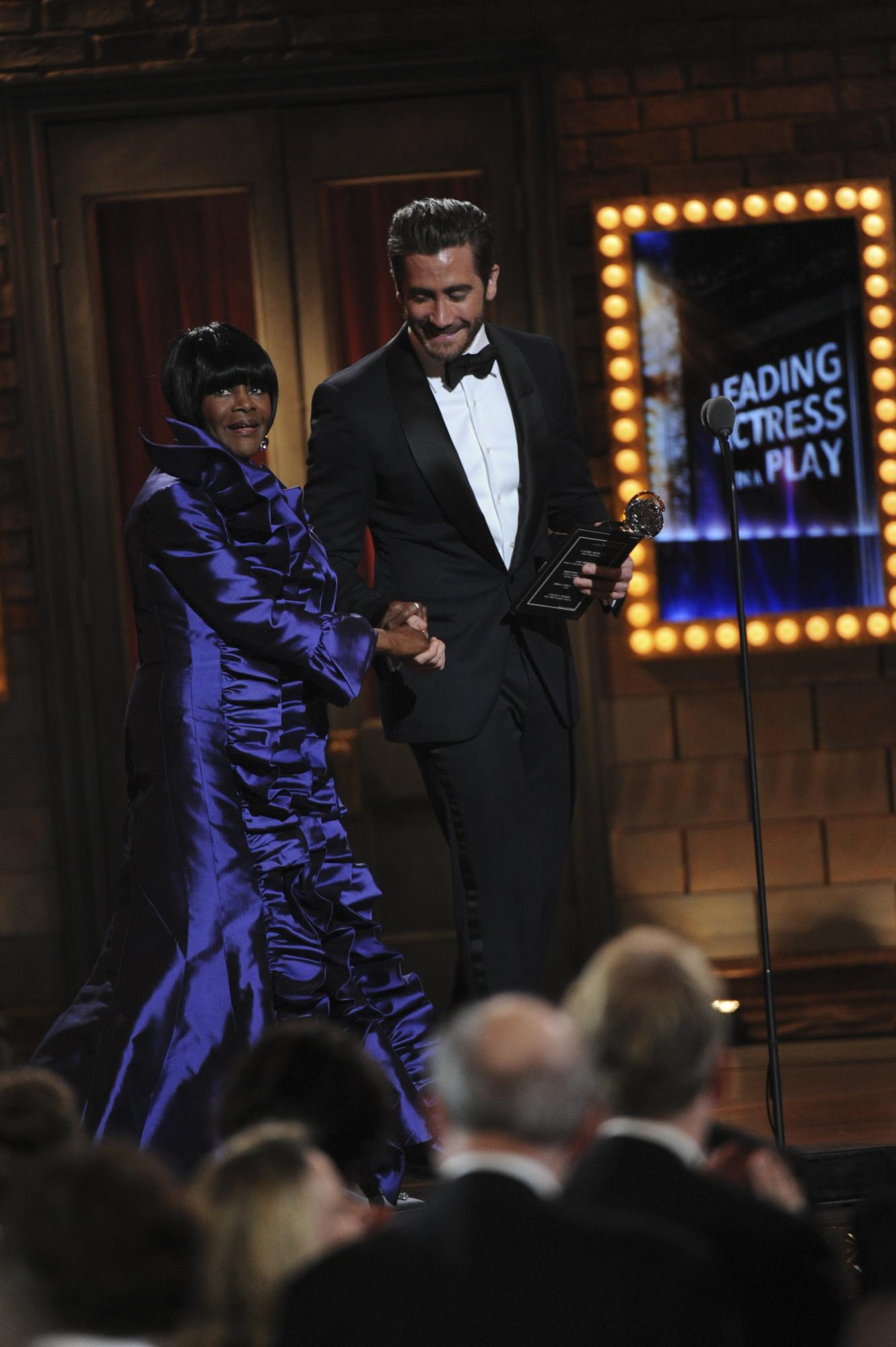 Winner Cicely Tyson and Jake Gyllenhaal