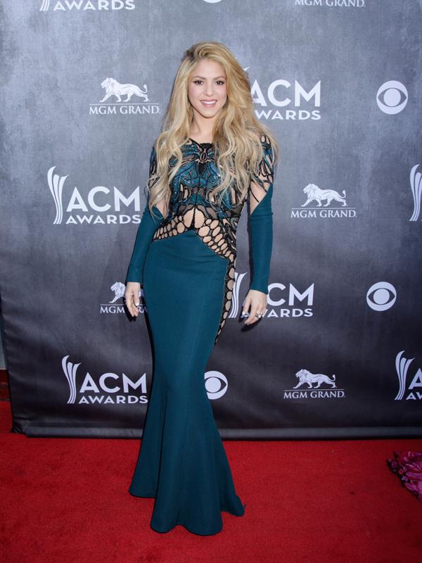 Shakira on the Red Carpet - 49th ACM Awards