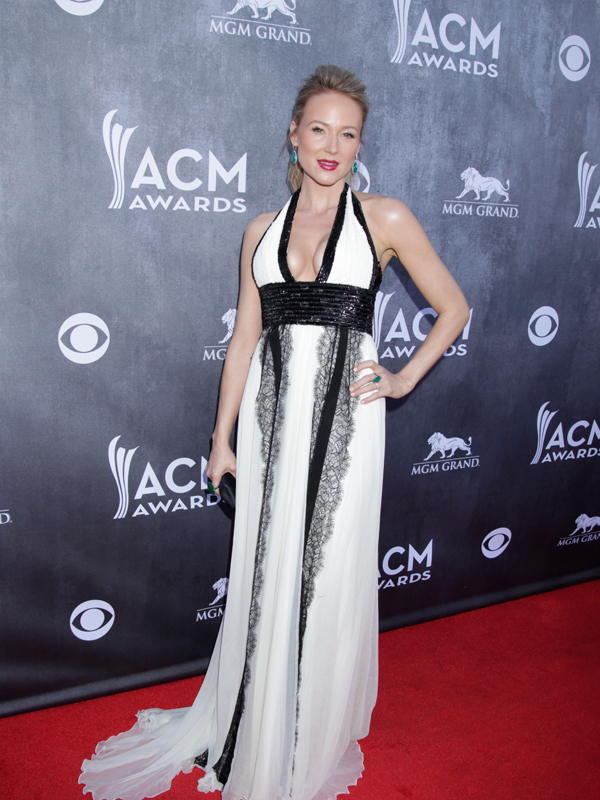 Jewel on the Red Carpet - 49th ACM Awards