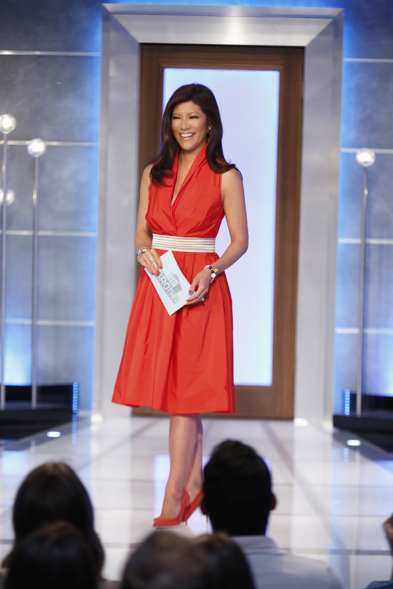 Julie Chen kicks off the show