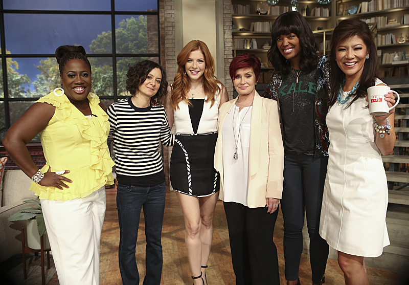 Rachelle Lefevre and the ladies of THE TALK