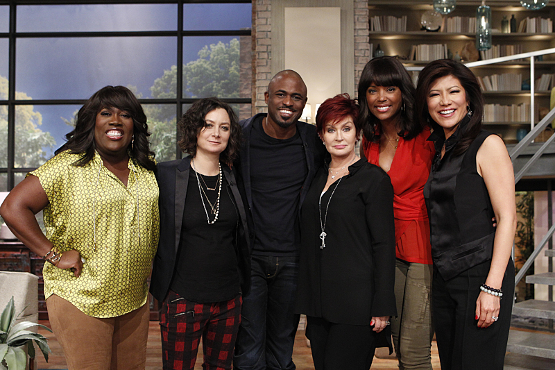 Wayne Brady and the ladies!