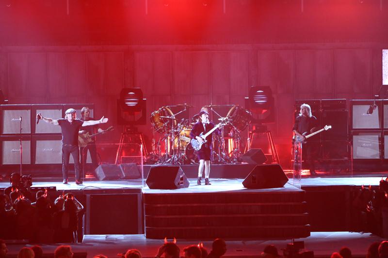 AC/DC Rocks The Staples Center