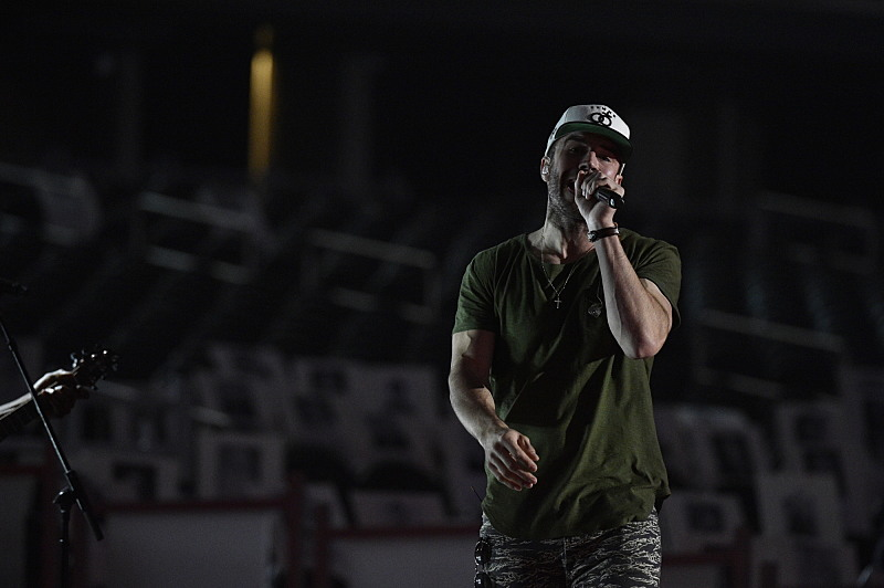 New Artist of the Year nominee, Sam Hunt.