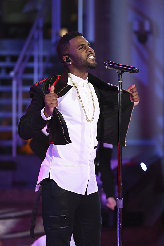 Jason Derulo performed