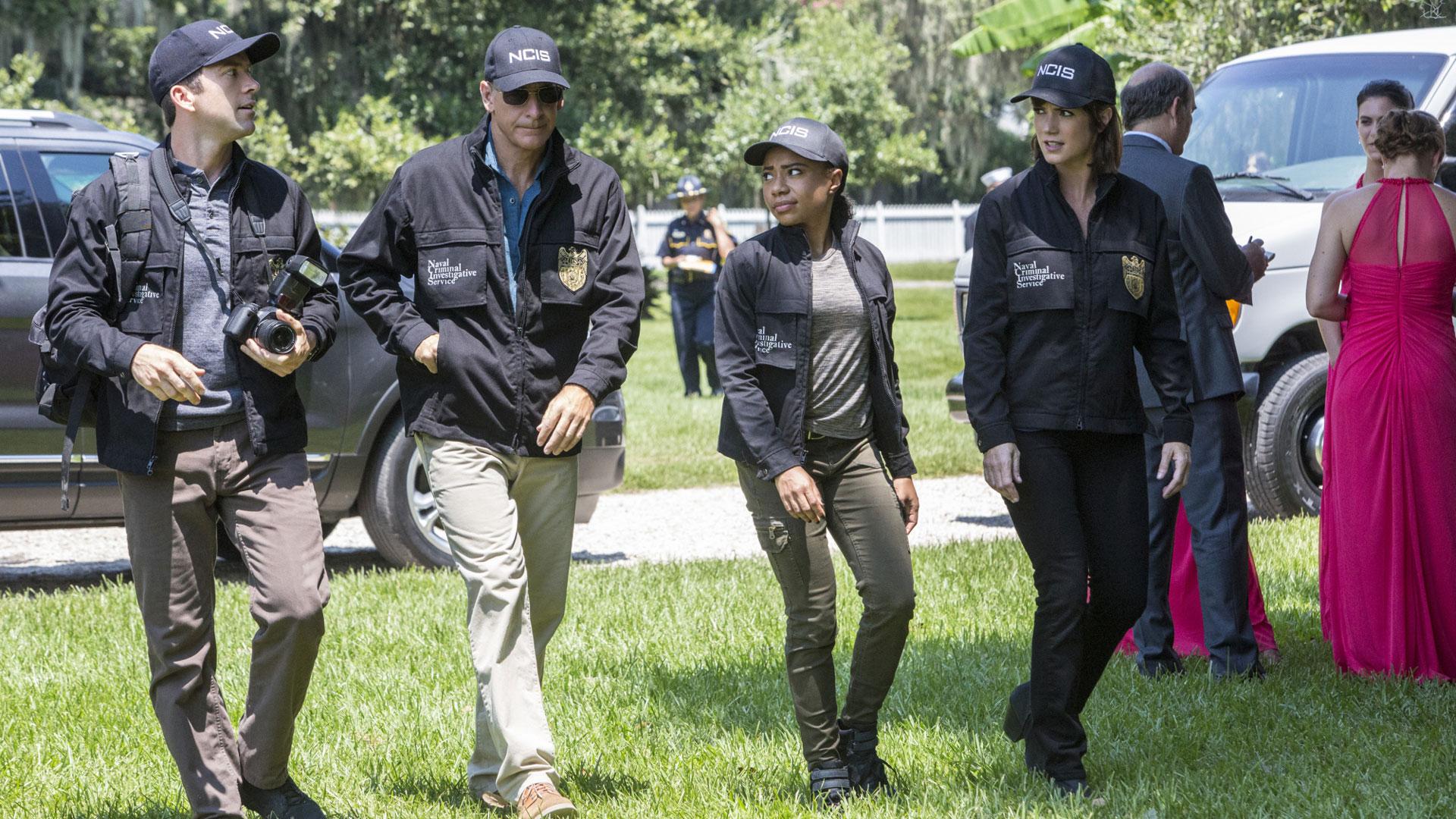 Lucas Black as Christopher LaSalle, Scott Bakula as Dwayne Pride, Sonja Percy as Shalita Grant, and Zoe McLellan as Meredith Brody