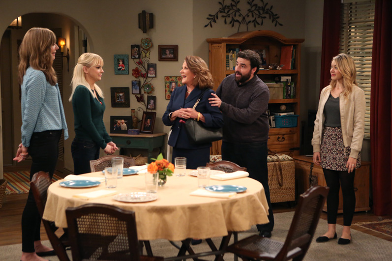 Christy cooks a traditional Jewish dinner for Gregory's mother, Phyllis.