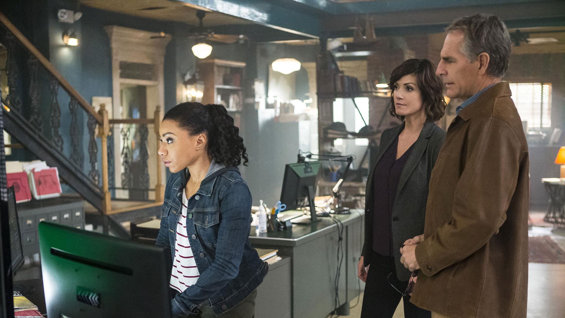 Zoe McLellan as Agent Meredith Brody, Shalita Grant as Sonja Percy, and Scott Bakula as Agent Dwayne Pride