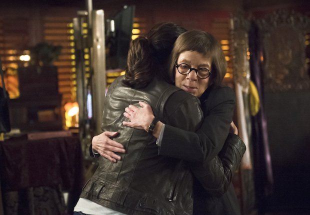 Daniela Ruah as Kensi Blye and Linda Hunt as Henrietta