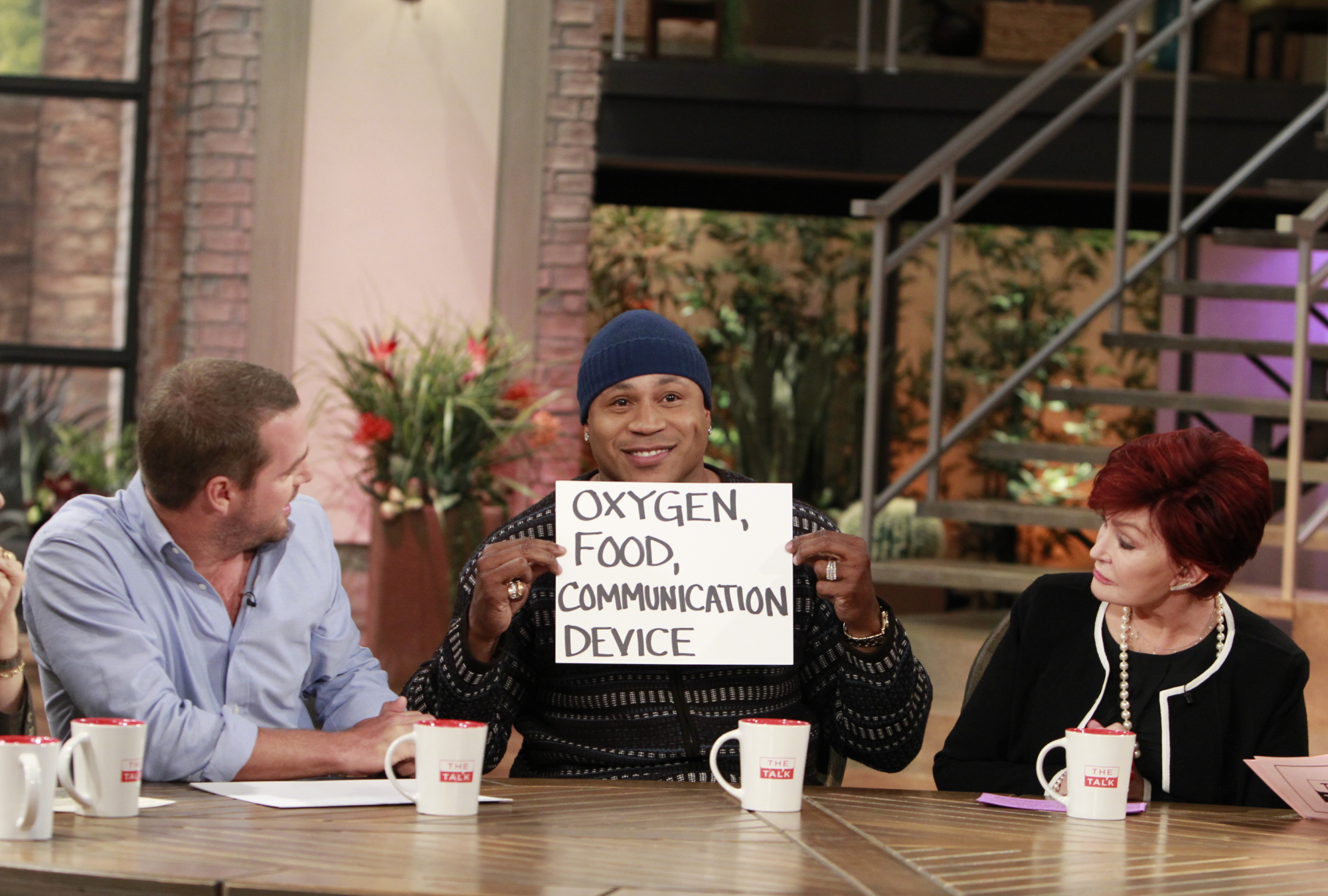 1. LL Cool J and Chris O'Donnell revealing fun facts about each other.