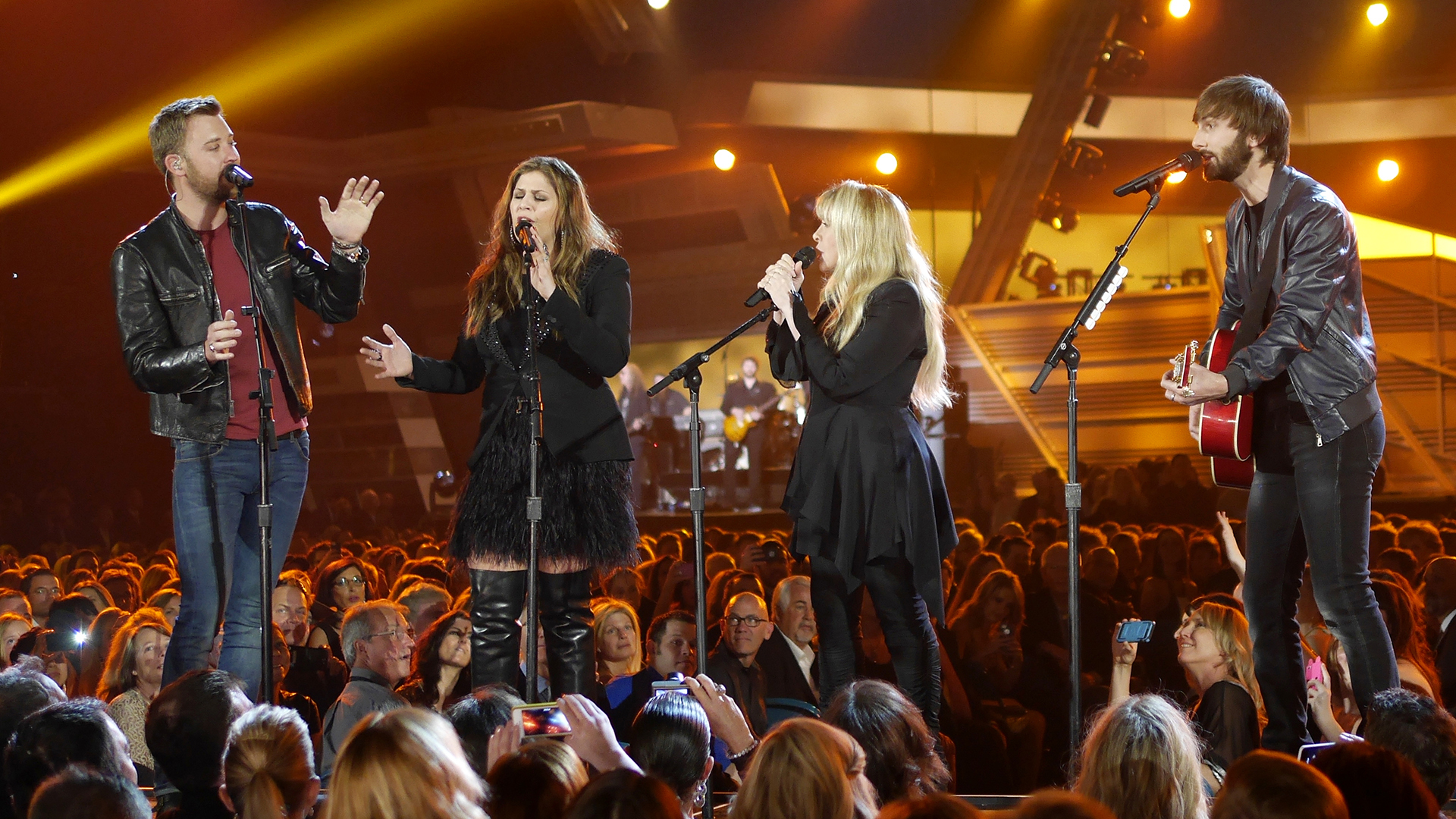 5. Lady Antebellum and Stevie Nicks perform