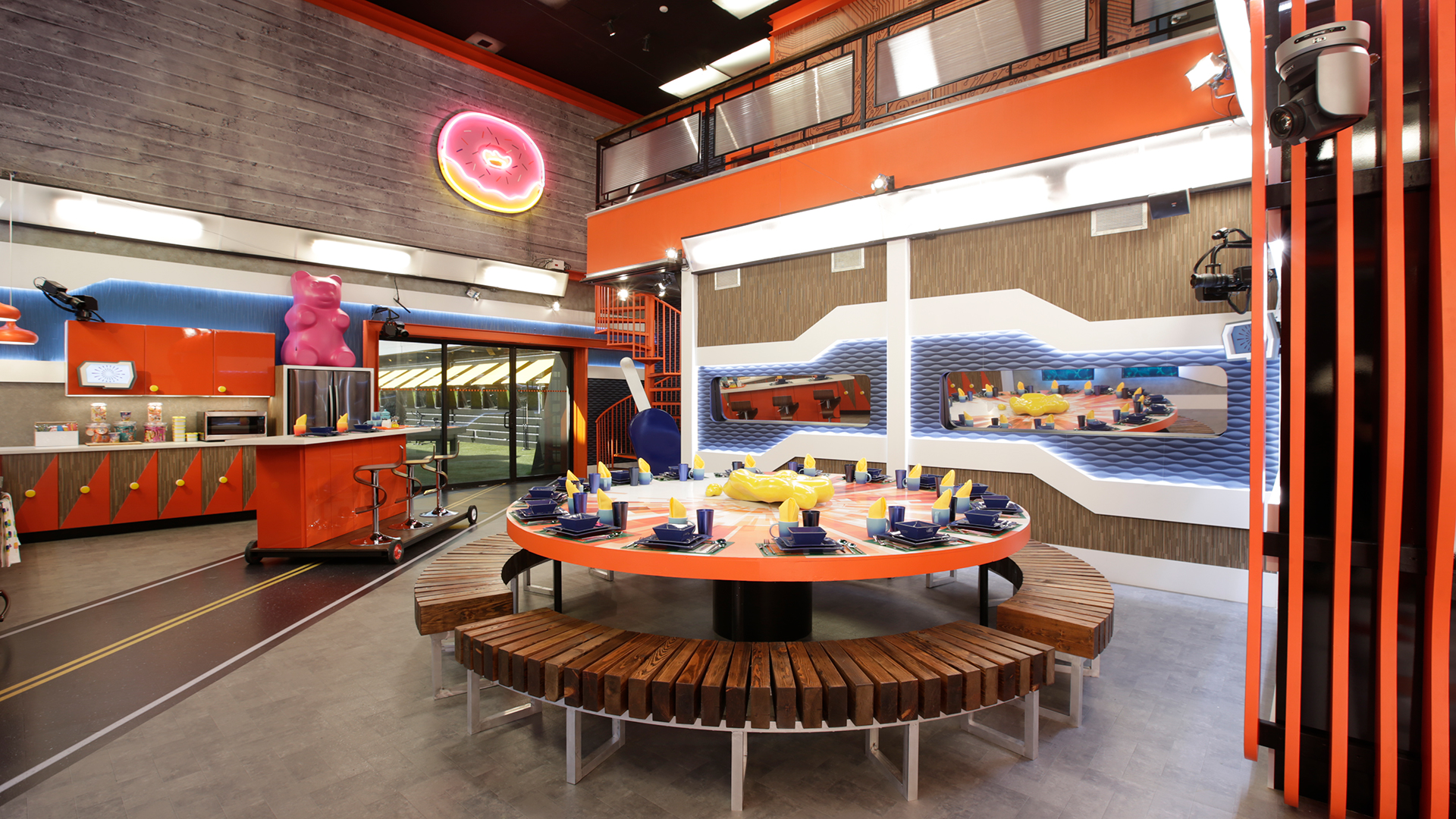 High tech takes over the Big Brother house with a Silicon Valley theme.