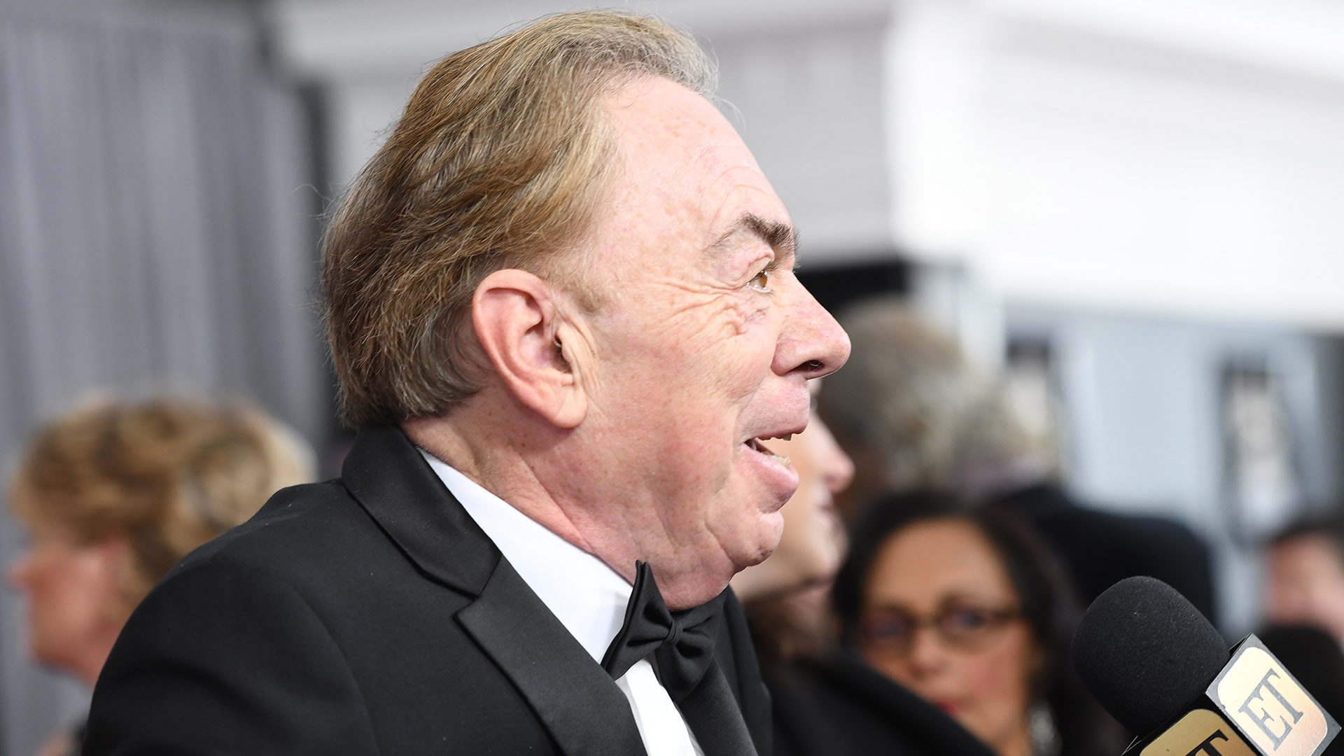 Famed composer Andrew Lloyd Webber stops to speak with Entertainment Tonight before heading into Madison Square Garden.