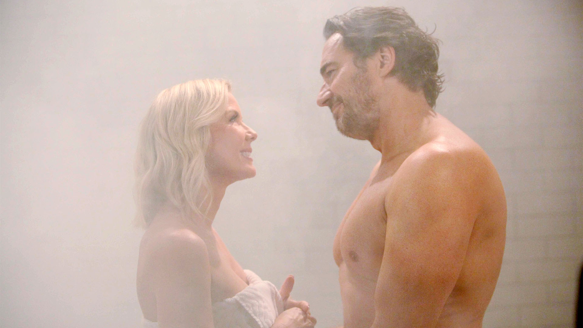 Determined to win her back, Ridge sets up a steamy surprise for Brooke.