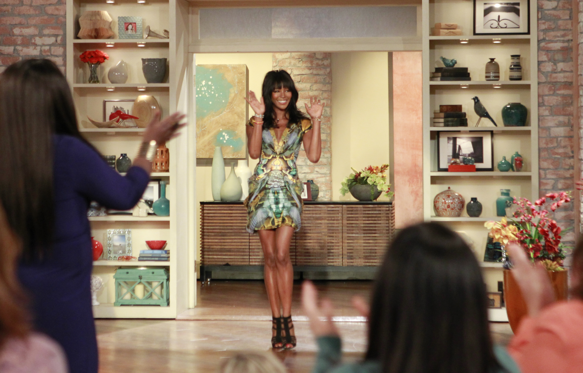 5. Naomi Campbell made a dramatic entrance!