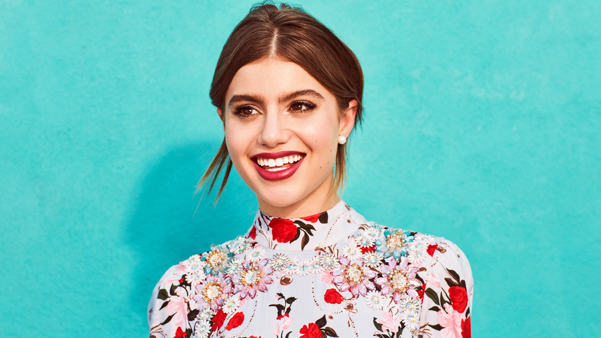 Sami Gayle is red haute