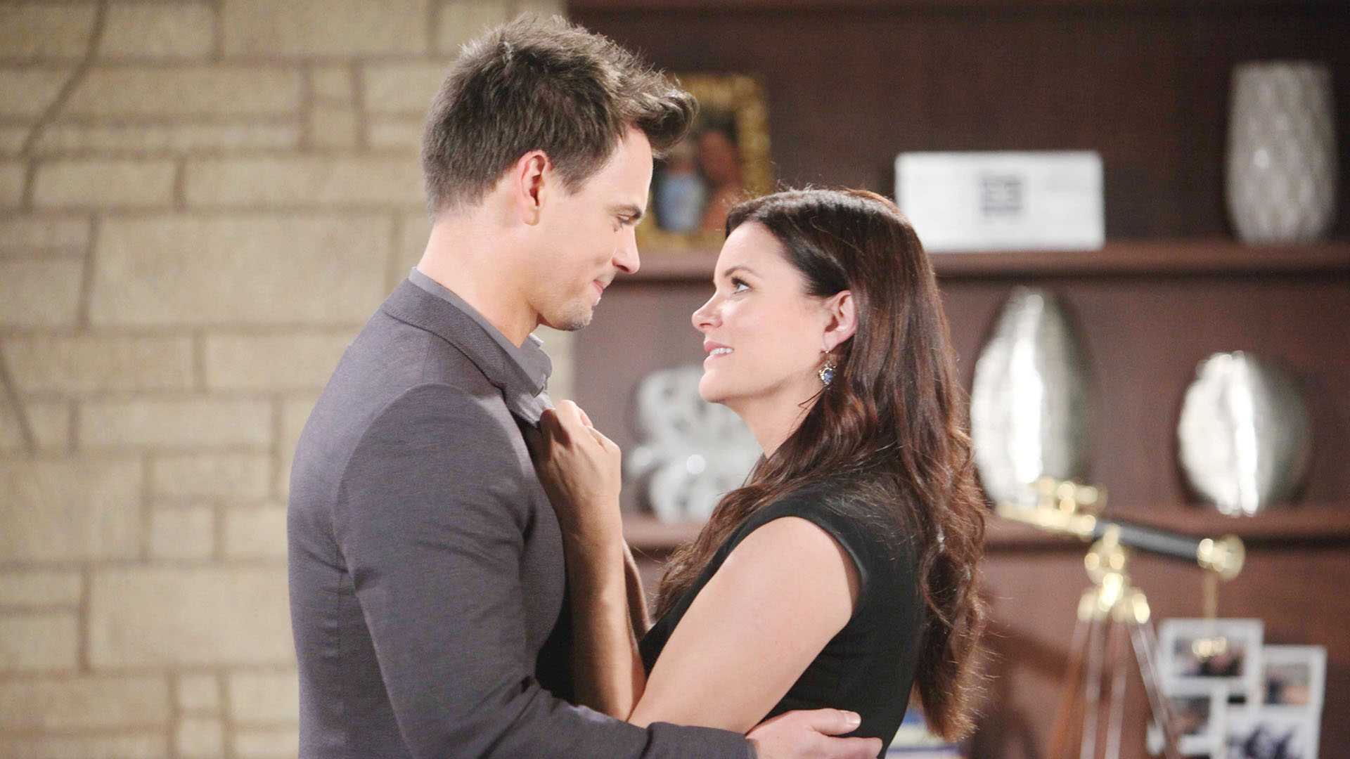 Katie and Wyatt make a realization about their cross-communication as well as their significant feelings for one another.