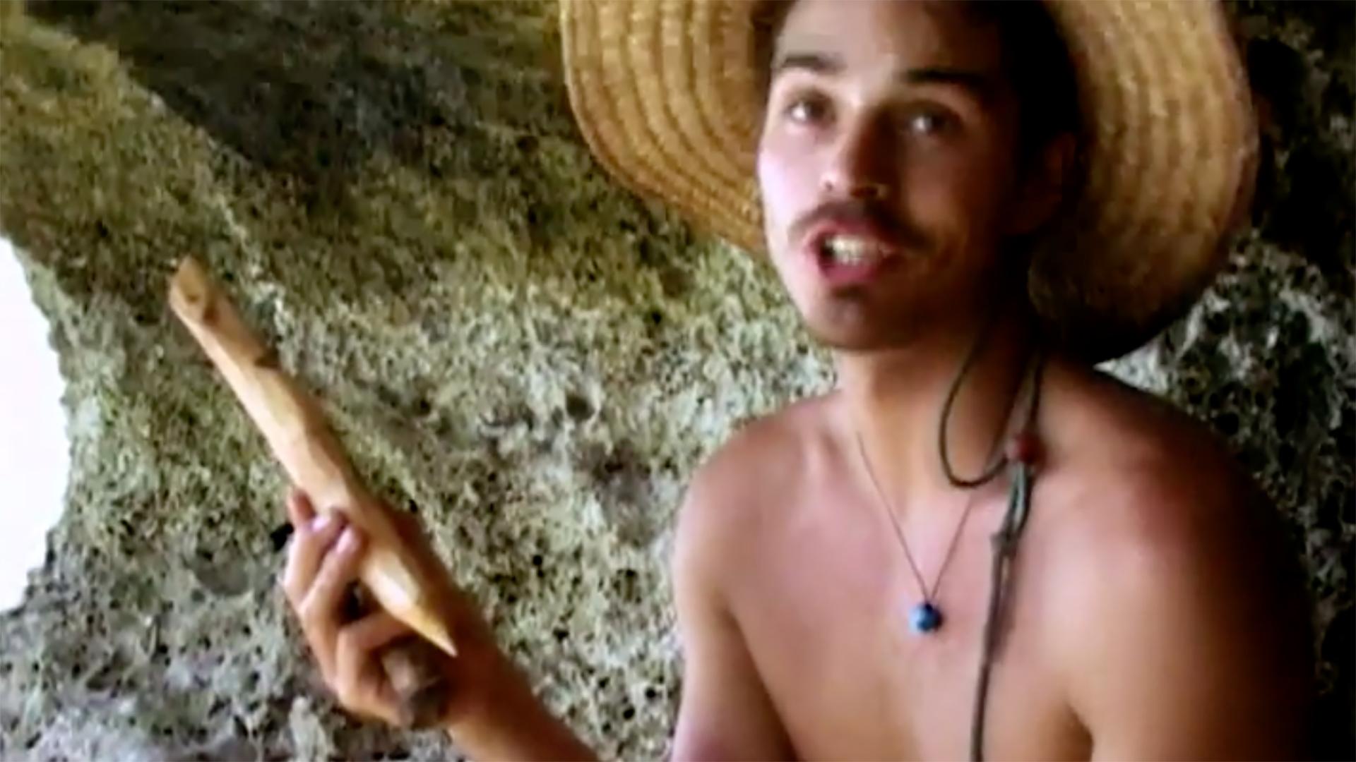 Ozzy Lusth's fake hidden Immunity Idol from Survivor: Micronesia