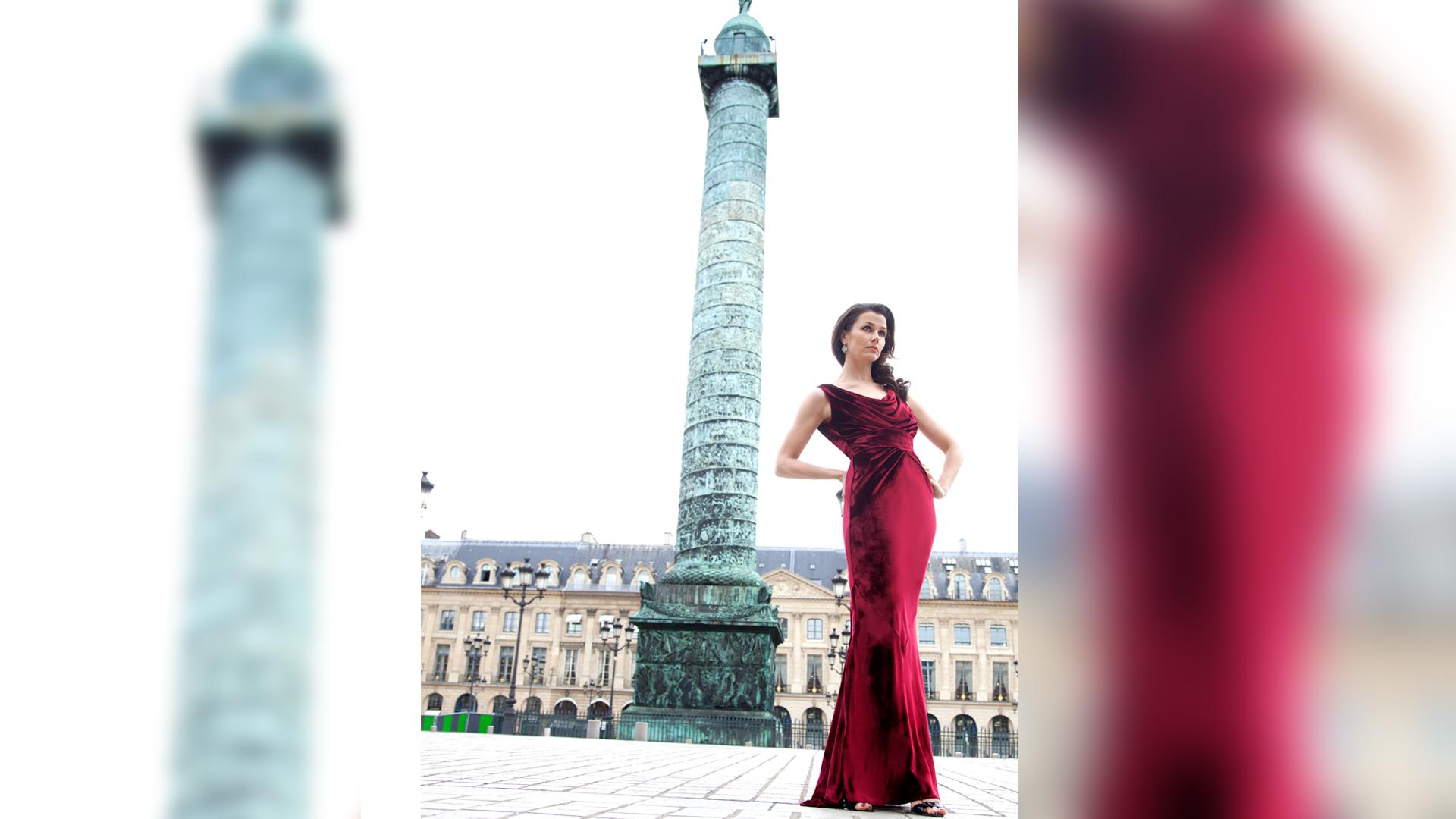Bridget Moynahan standing tall in ravishing red velvet