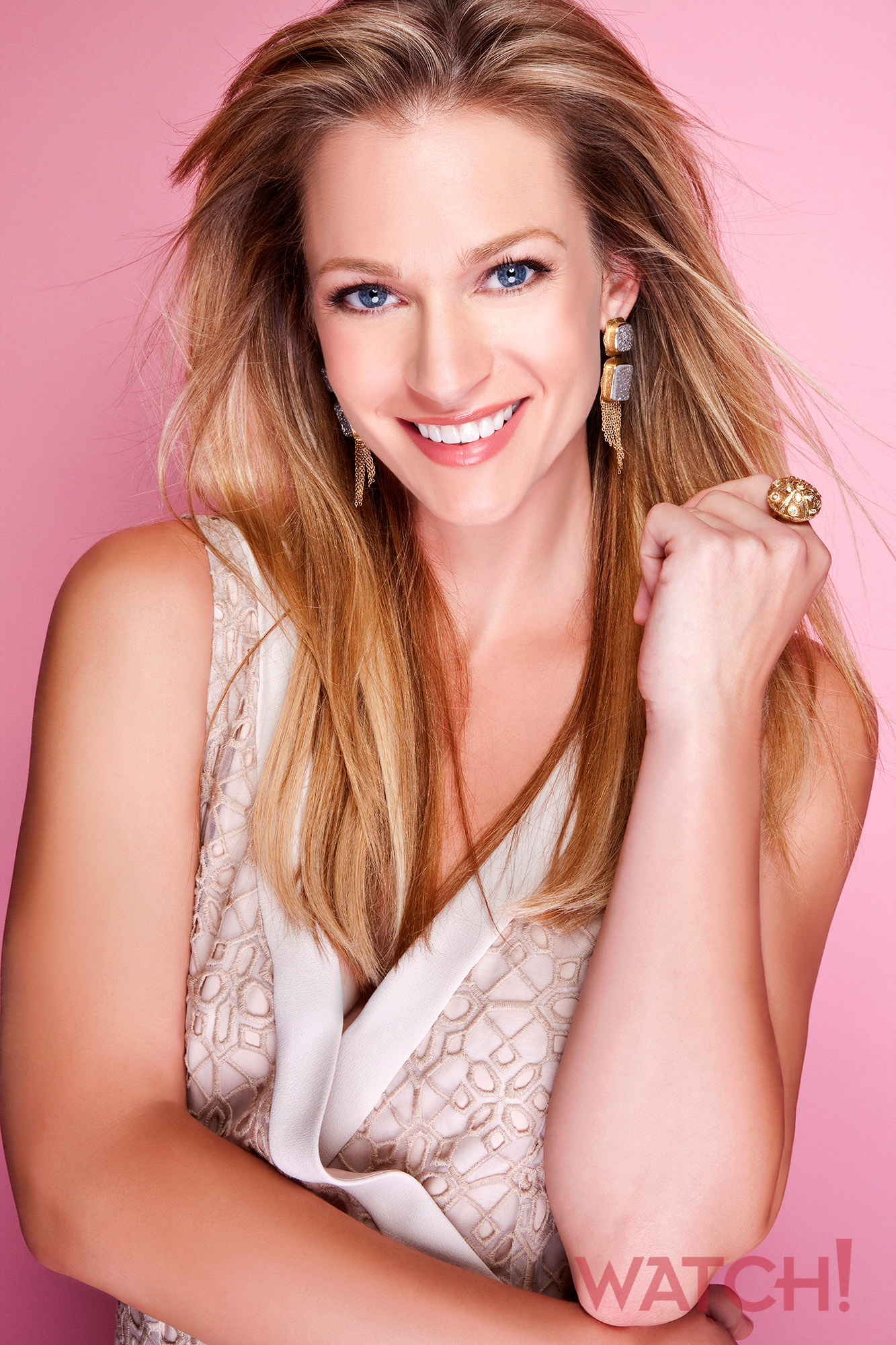 These pretty photos of A.J. Cook prove that she's all that!