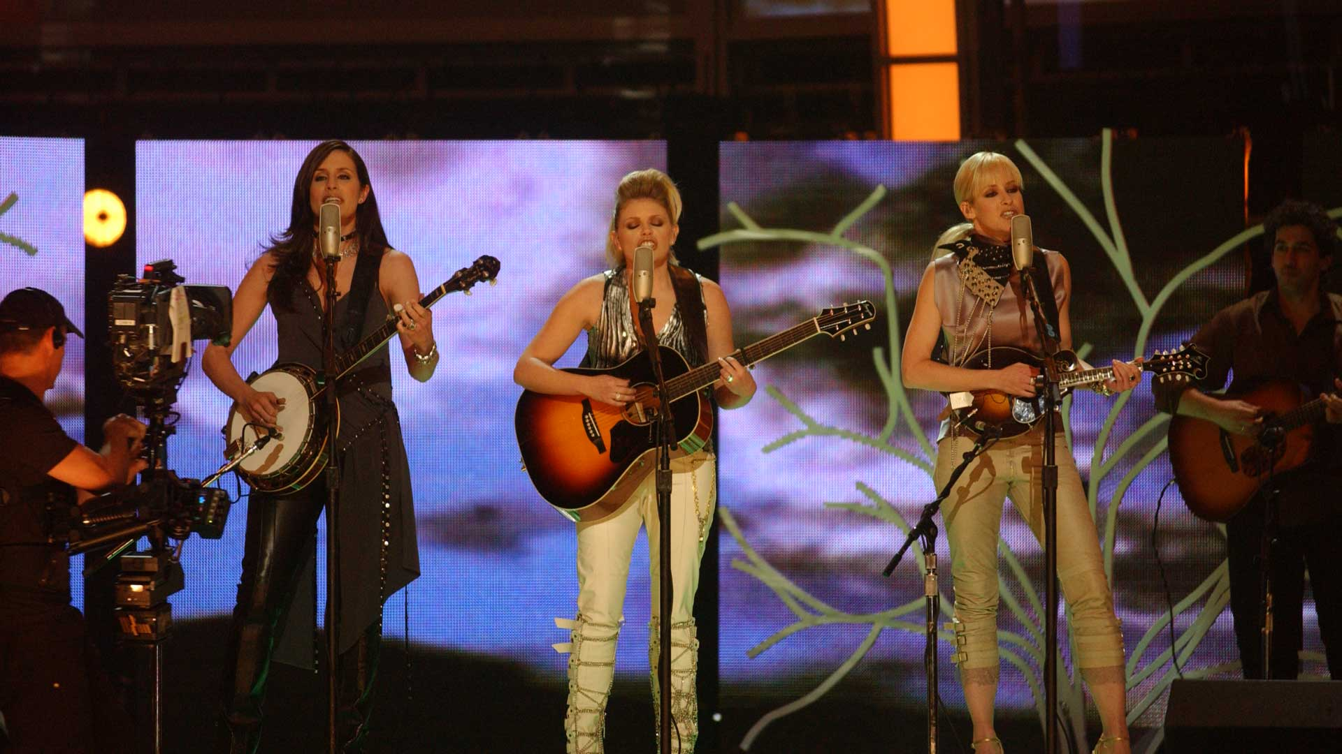 The Dixie Chicks perform