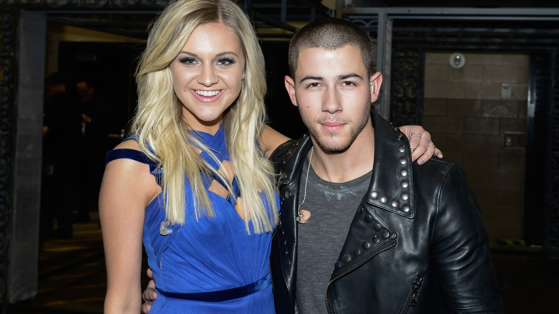 Fresh off the stage from their ACM duet, Kelsea Ballerini and Nick Jonas threw their arms around each other.