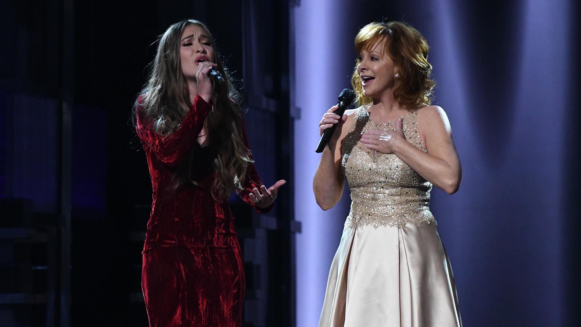 Reba McEntire and Lauren Daigle perform