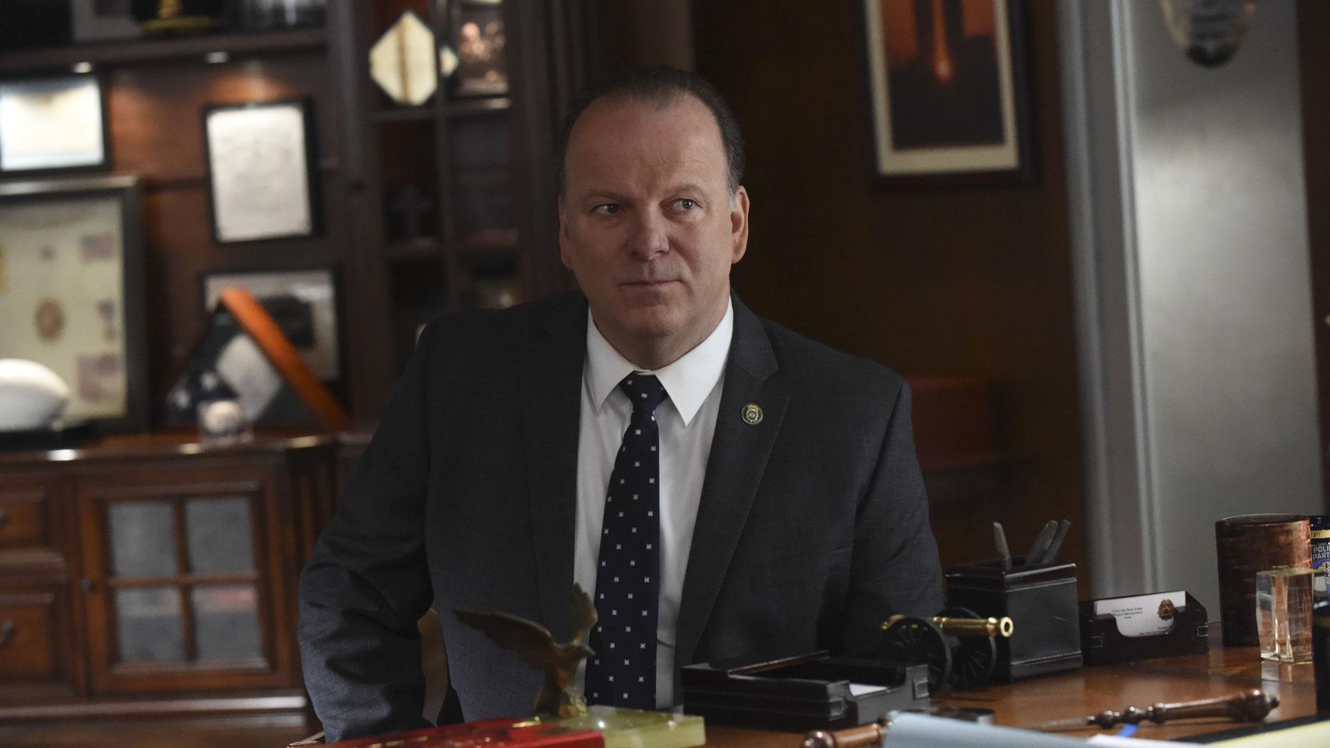 Robert Clohessy as Lt. Gormley