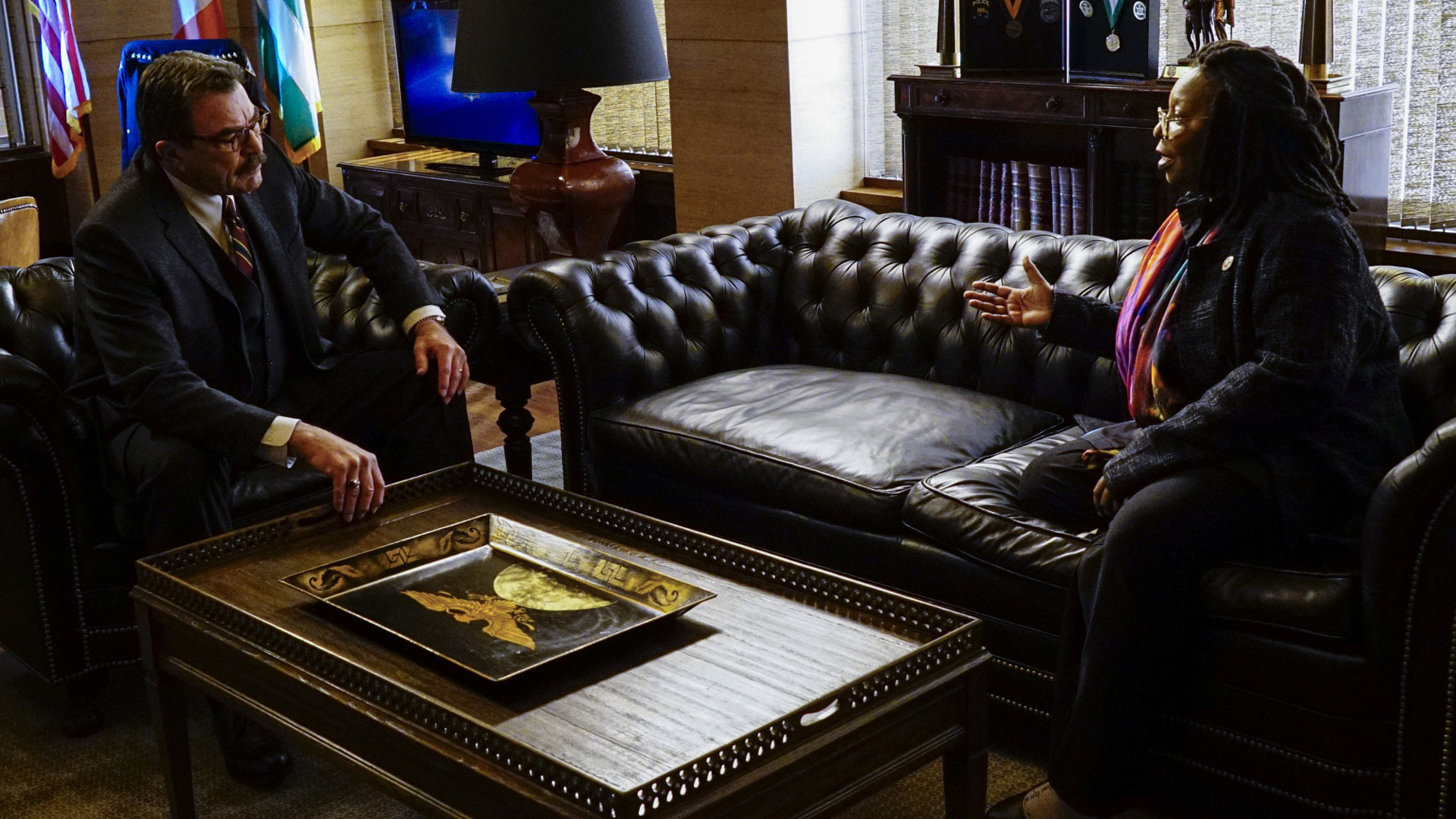 Tom Selleck as Frank Reagan and Whoopi Goldberg as City Council Speaker Regina Thomas