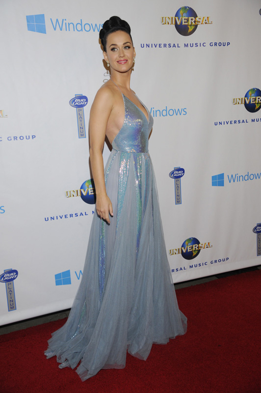 (2014) Katy's straight out of our dreams in this flowy number. (Photo by: Corbis)