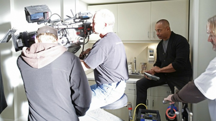 1. NCIS actor Rocky Carroll directed the emotional episode.