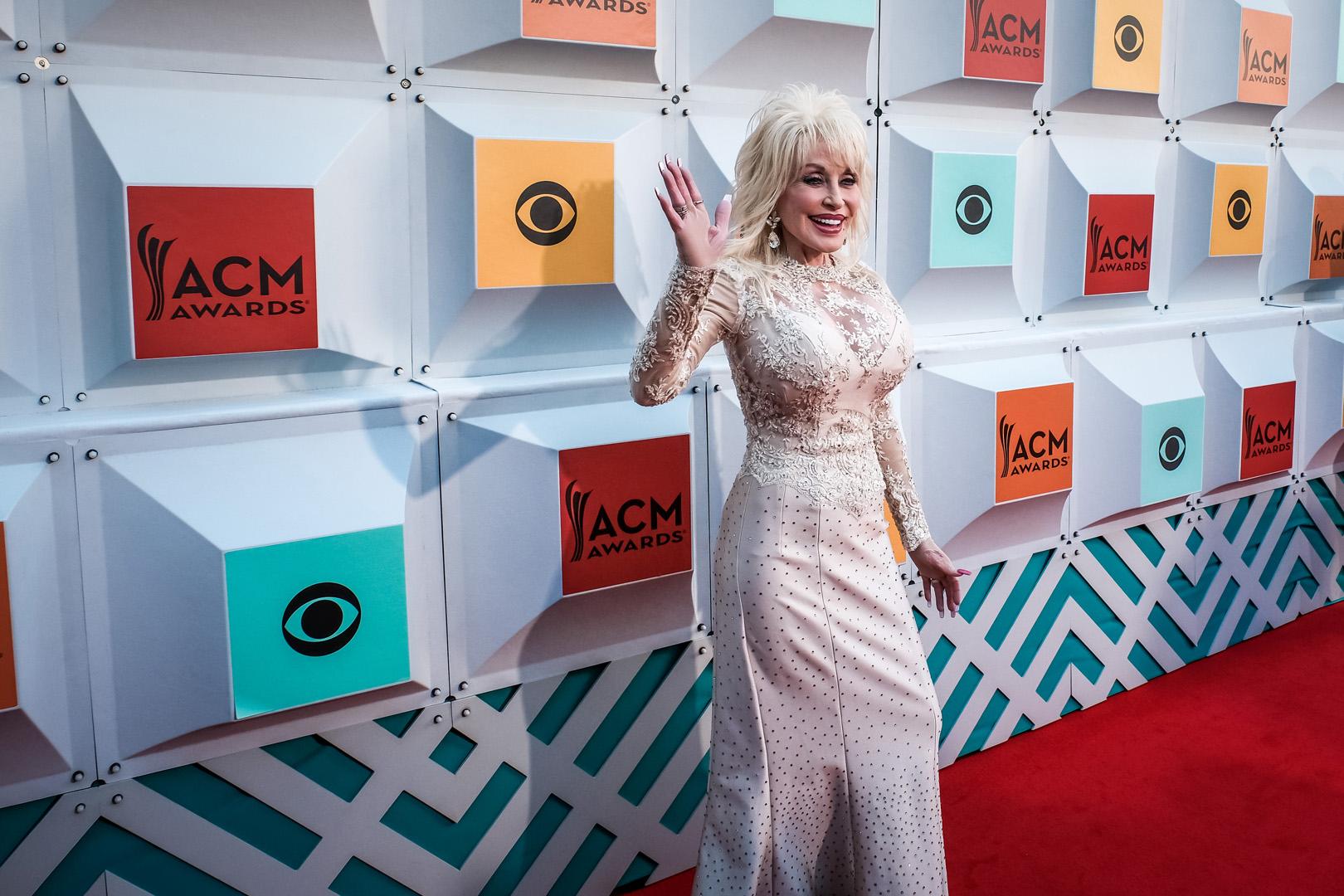2016 ACMs: Dolly Parton