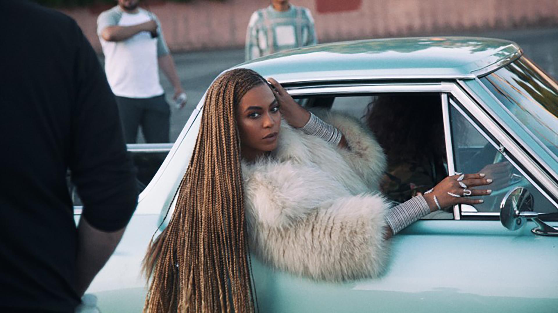 Beyoncé demands that you get in
