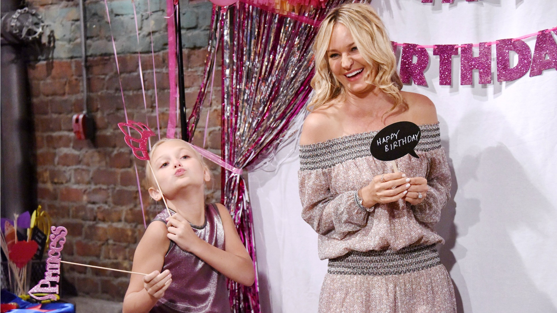 Faith and her mom, Sharon, struck a pose.