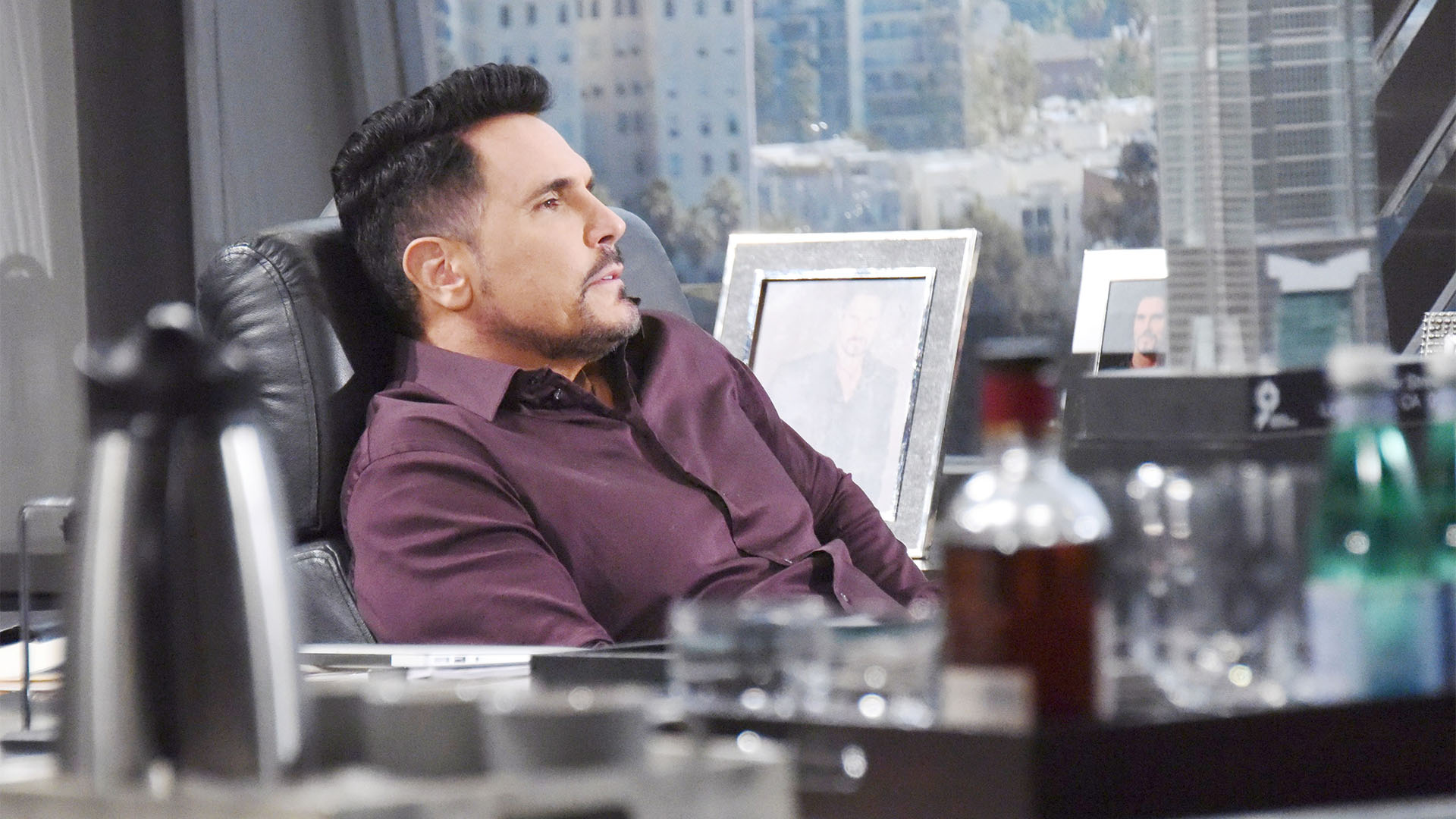 Bill is forced to hide his feelings for Steffy when Liam shares with him their plan for a new beginning.