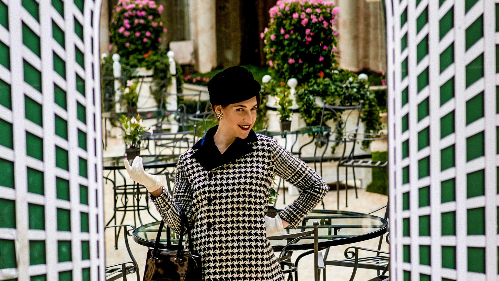 Mayim Bialik is a glam globetrotter