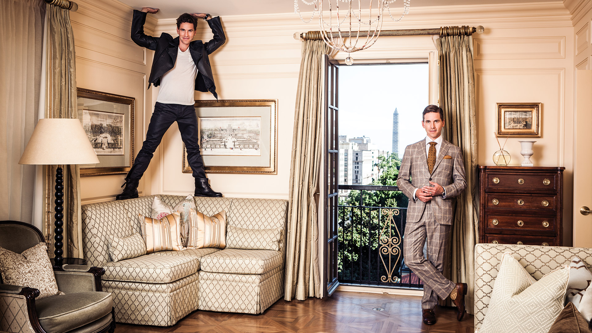 NCIS star Brian Dietzen raises the roof in these incredible photos!