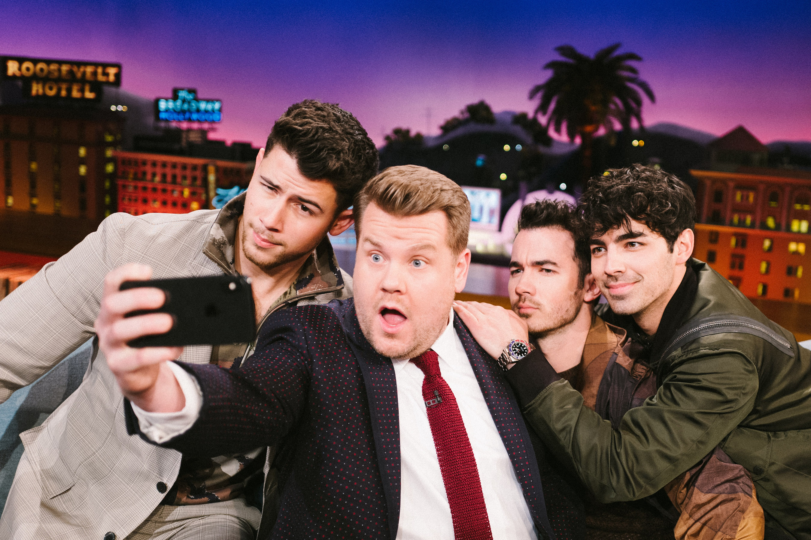 The Jonas Selfie