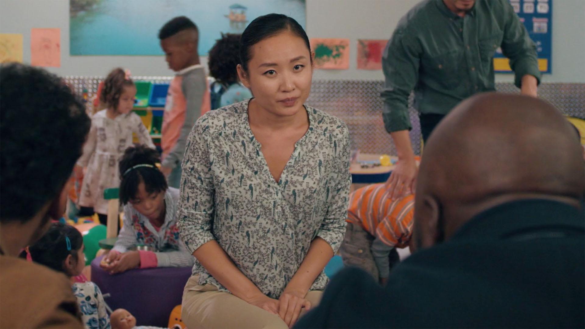 Li Jun Li as Grace Ling