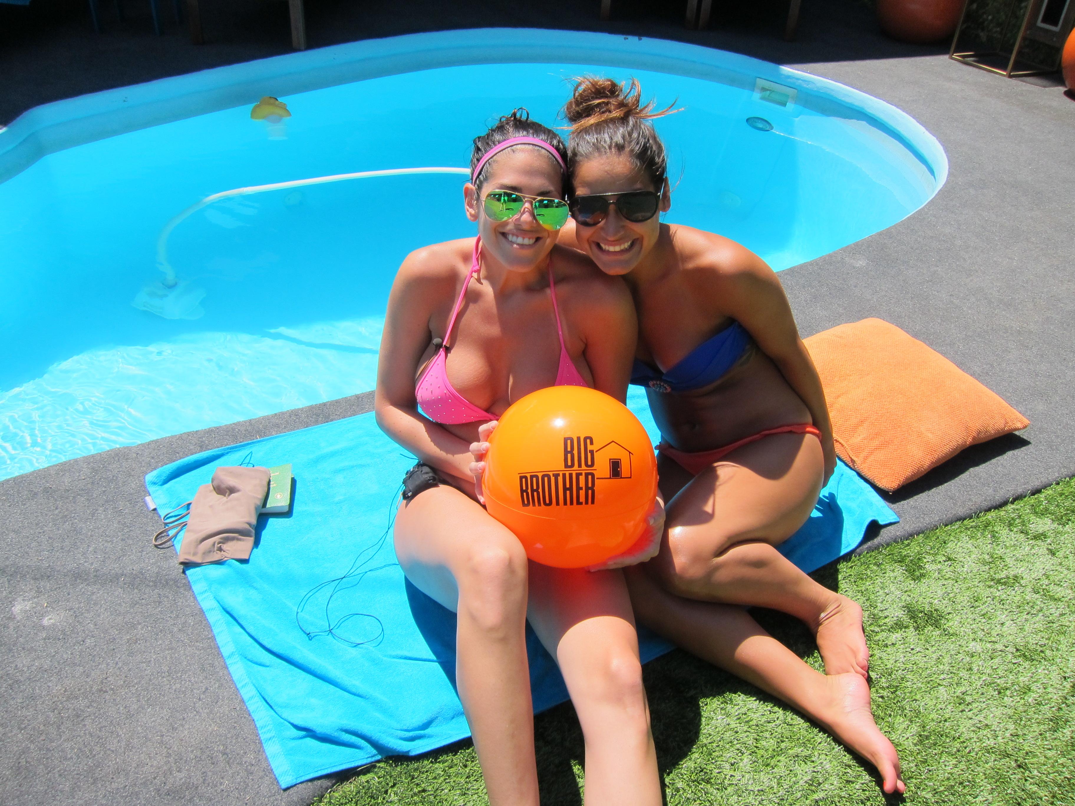 Amanda and Jessie