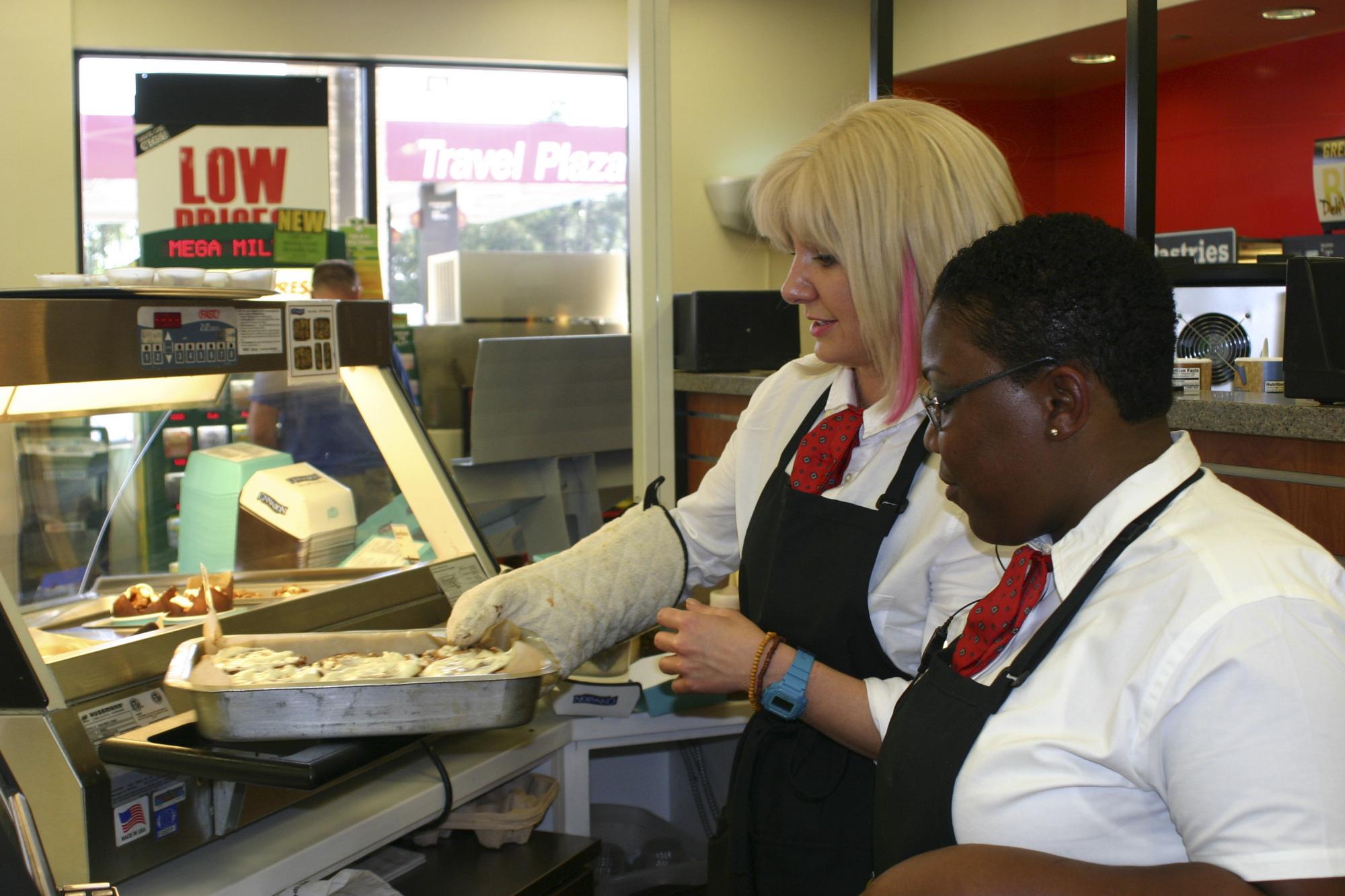 Kat Working With Moka