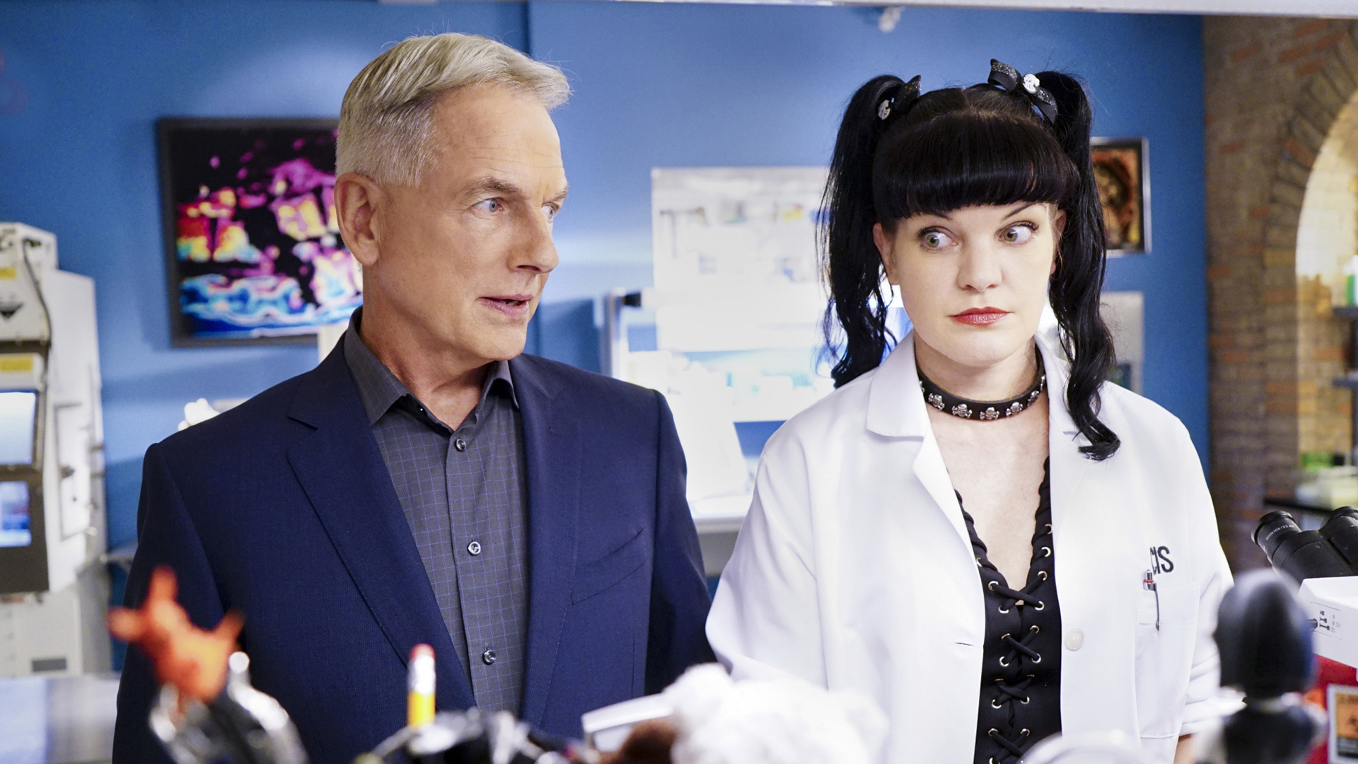 Gibbs gets down to business with Abby.