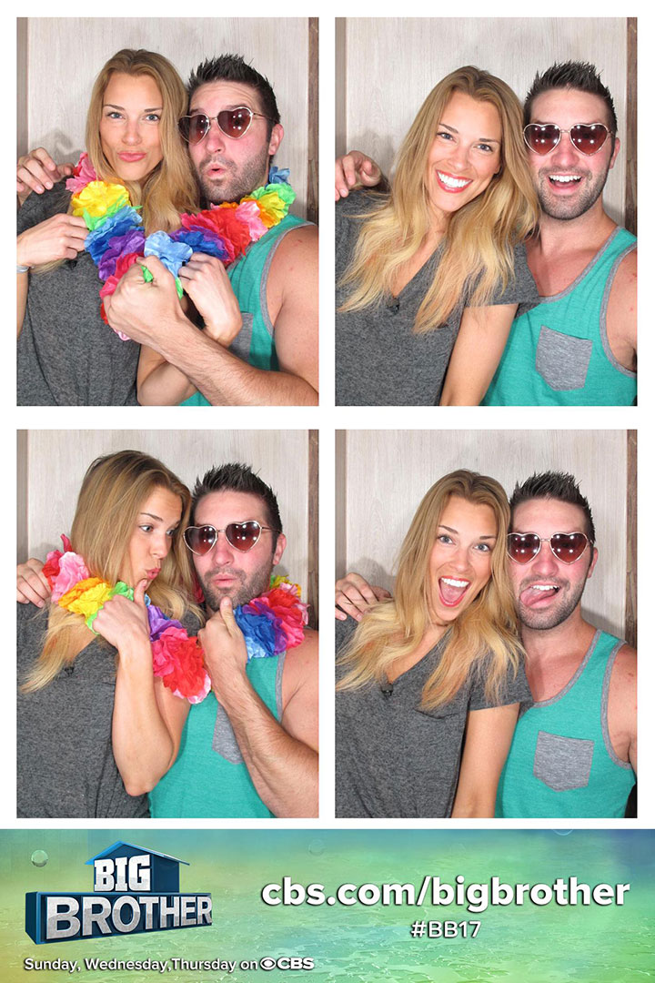 Shelli and Jeff get lei'd