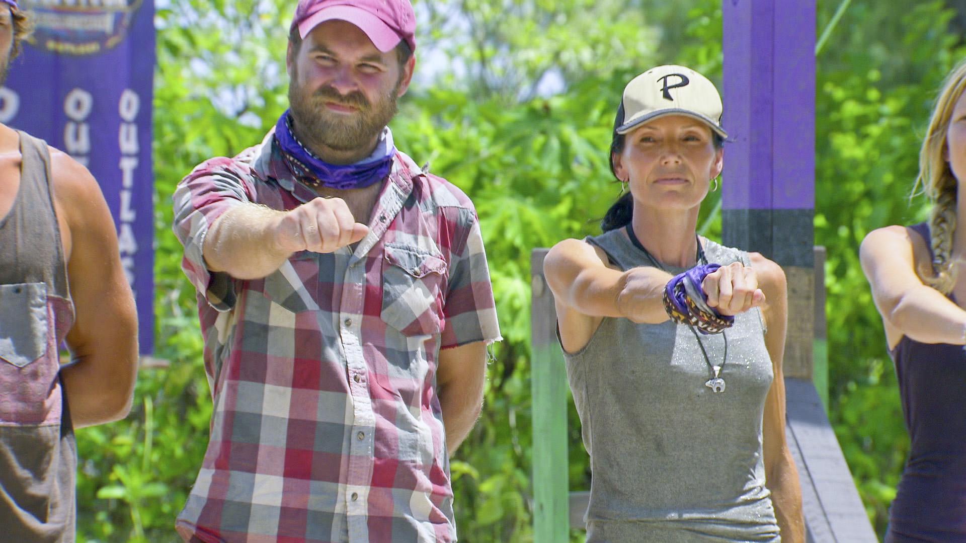 Caleb and Monica in Season 27 Episode 11